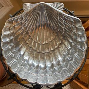 """Casa Pewter Scallop Shell Serving Bowl 9""""W"""